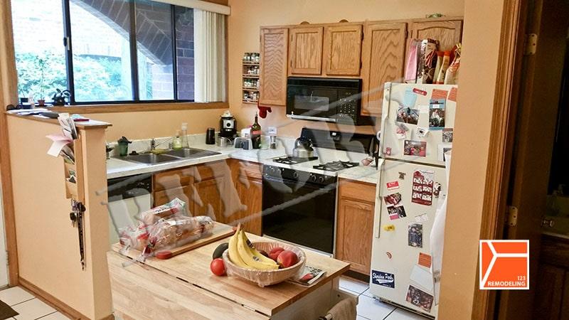 before-university-village-kitchen-remodel-001