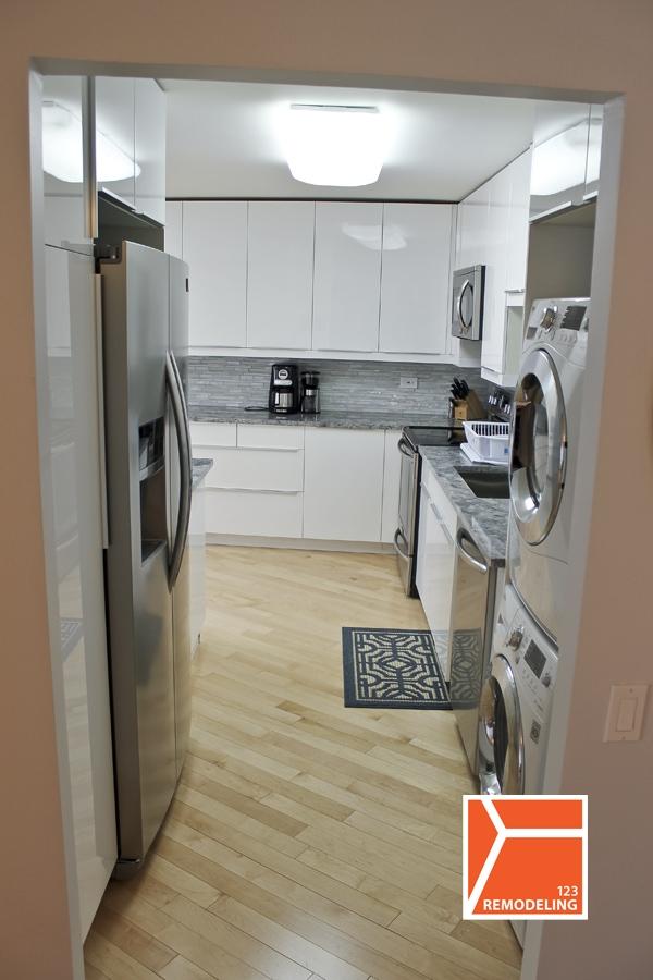 u-shaped-layout-kitchen