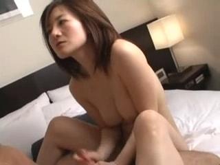Streaming Sex Ibu Lurah Cantik Mesum