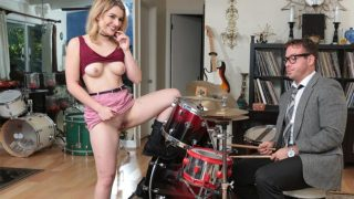 SneakySex – Abby Adams – Pound Her Drums