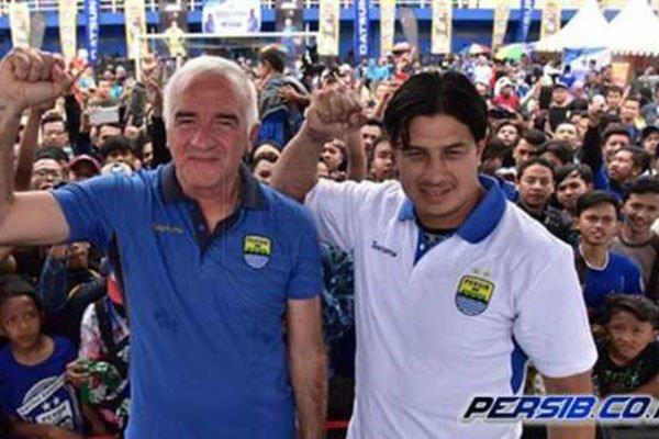 Persib Bandung Ditahan PS Tira Begini Komentar Fernando Soler