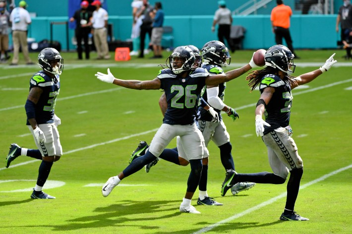 Three impressions from Seahawks week four victory over Dolphins
