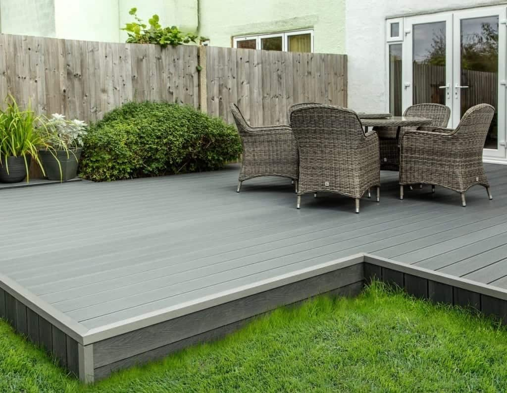 small deck area into your outdoor sanctuary