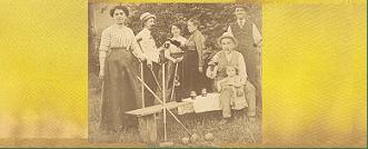 Familles Noll & Dorigny lors d'une pause au jeu de croquet