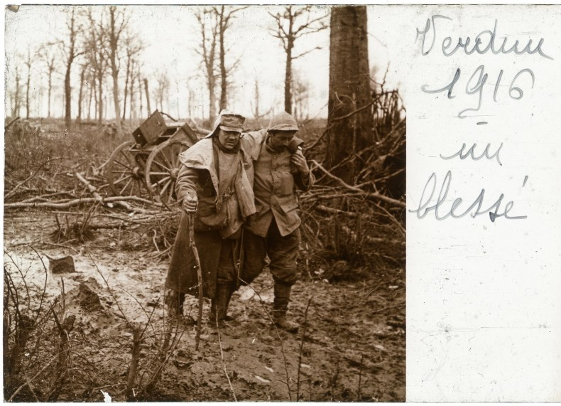 Neri_bt_18_003_C_Verdun_1916_Un_Blesse - Copie