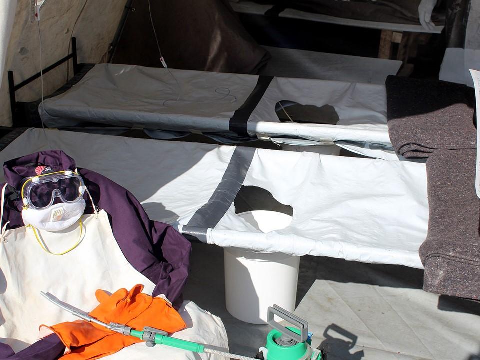 Cholera Beds