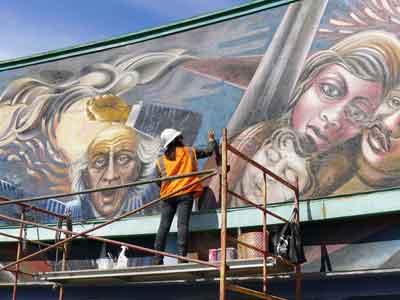 La Doliente de Hidalgo undergoing restoration