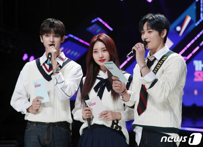 Kim Min Kyu, Everglow Si-hyeon, and THE BOYZ Ju Yeon Performed On ...