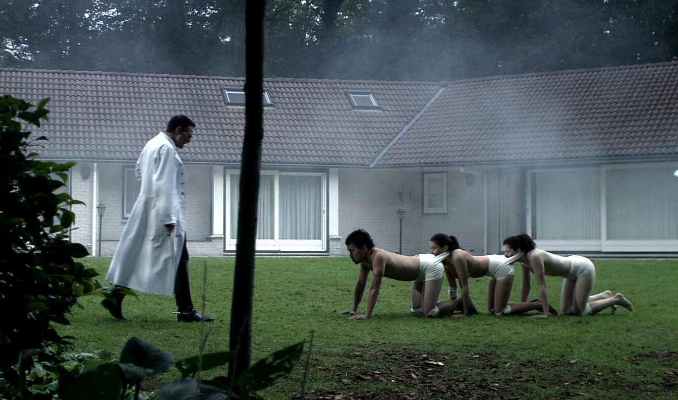Resultado de imagen de human centipede  first sequence