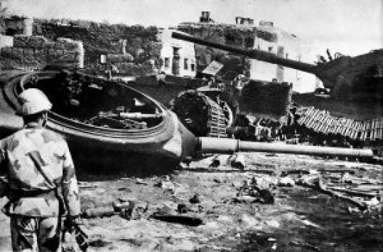 1024px-Destroyed_Israeli_armor_near_Ismailia