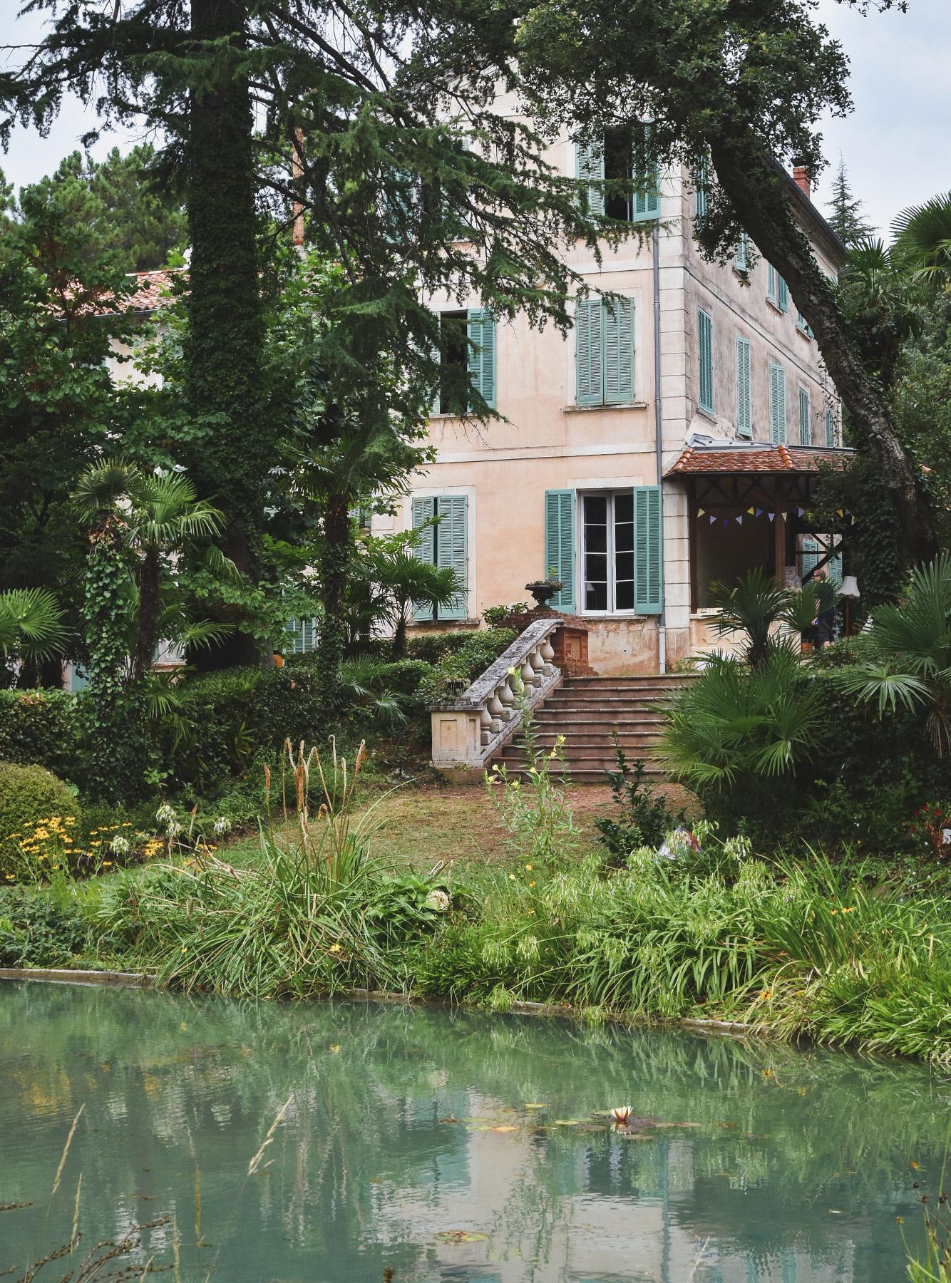 A Peek Inside Chateau Du Rouet S Grande Maison Stay Roam