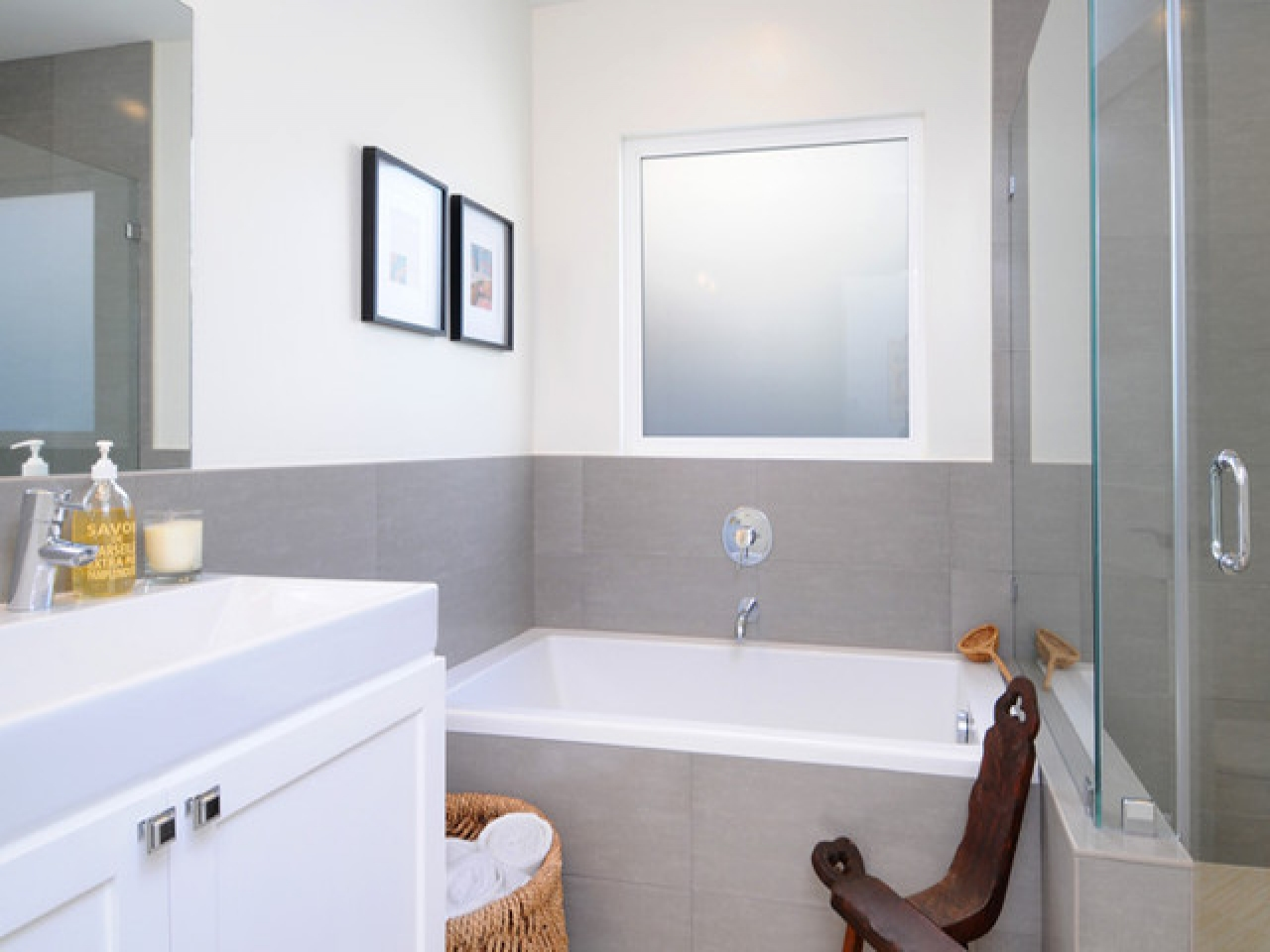 bathroom-designs-for-small-spaces-simple-bathroom-designs ... on Simple Bathroom Designs For Small Spaces  id=58003