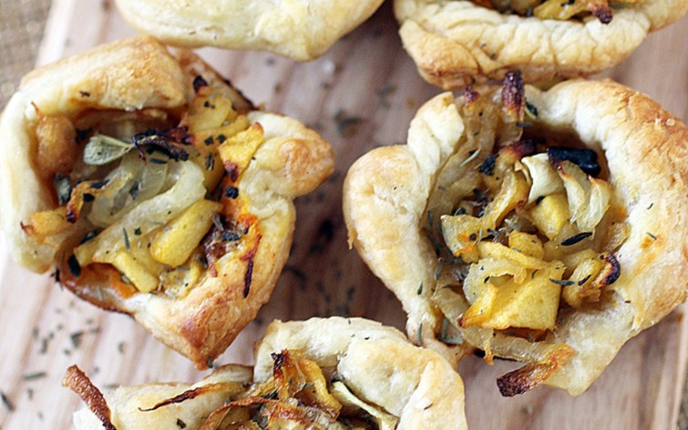Vegan Rustic Tartlets With Caramelized Onions, Apple, and Butternut Squash