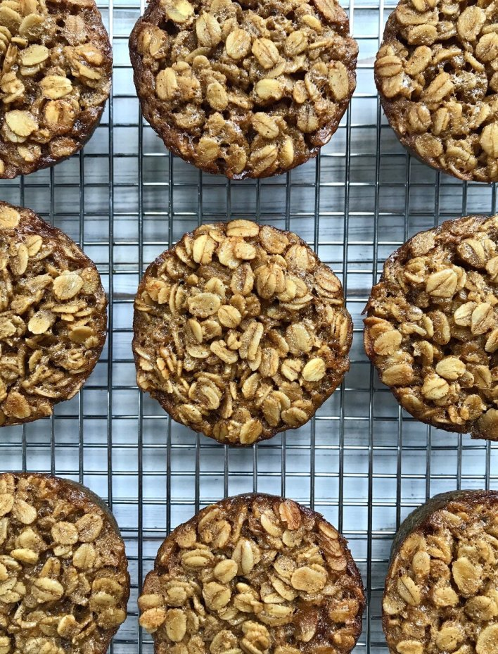 Gingerbread Baked Oat Cups