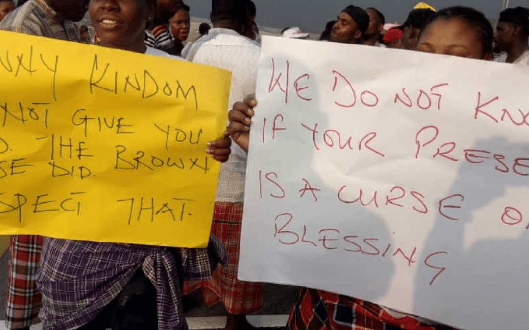 Protesting Finima community demands host community rights from NLNG