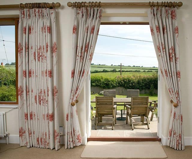 6 Helpful Tips To Make Hanging Curtains A Breeze