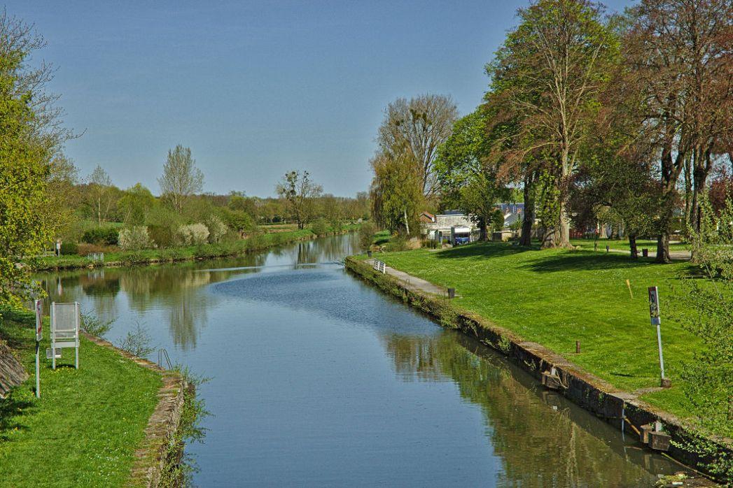 Landrecies - Canal de la Sambre à l'Oise