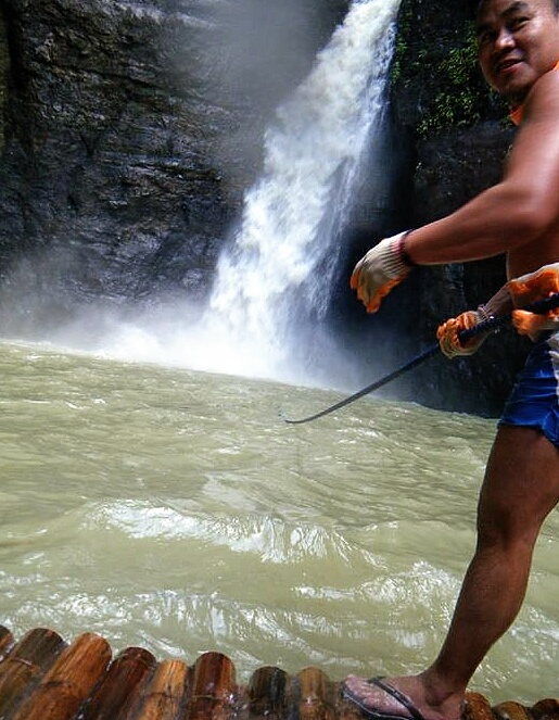 Going into the Pagsanjan Waterfall