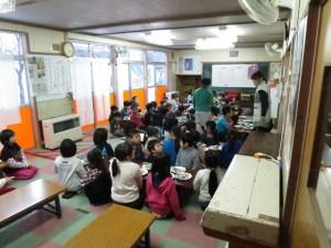 篠ノ井中央児童センターの集会室