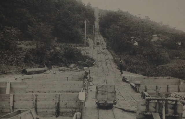 ➡昭和3年、犀川での導水管埋設工事【長野市水道100年の歩みより】