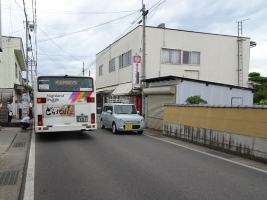 川中島駅入口の信号側から