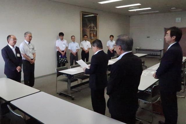 長野市都市整備部長、保健福祉部長に要望書を提出