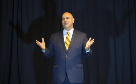 Lester Pines speaking at UWLawTalks