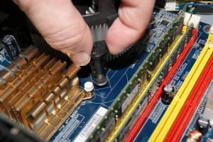 Desmontar disipador antiguo del procesador 04