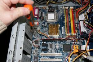 Desmontar placa ordenador 01