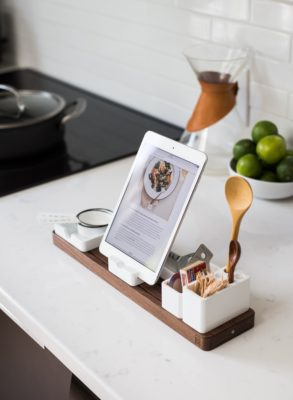 3 Spring Cleaning Tips for Your Body: kitchen ipad