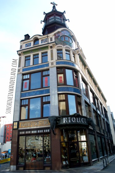 café riquet leipzig half house architecture china inspired