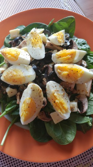 Salad with Eggs, Spinach, Cheddar, Black Olives