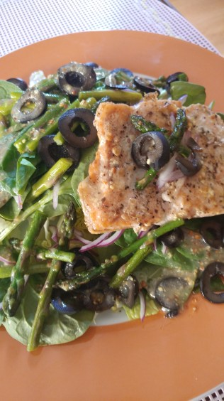 Salad with Asparagus, Salmon, Red Onion, Spinach