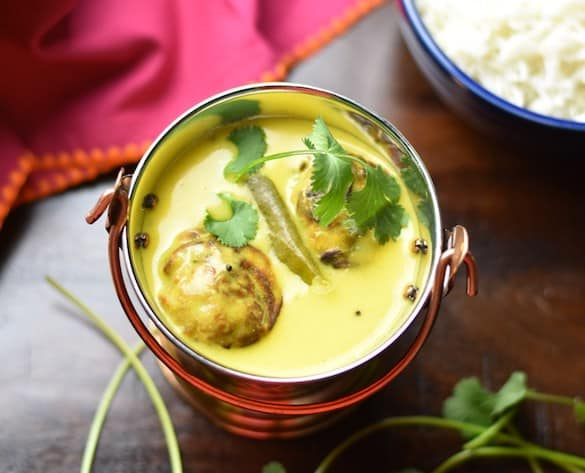 Punjabi Kadhi made in Instant Pot served in a balti with spinach pakoras