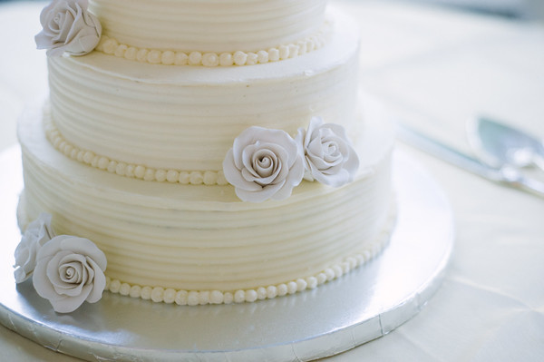 How to Make a Wedding Cake  Assembly and Finishing Touches     Savored     How to Make a Wedding Cake  Assembly and Finishing Touches