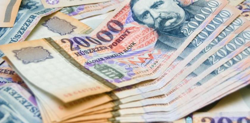 Világgazdaság: az elmúlt öt évben mintegy 40 százalékkal emelkedett a fizetések vásárlóereje