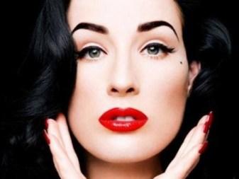 capelli nero corvino, labbra rosso scarlatto e pelle come porcellana