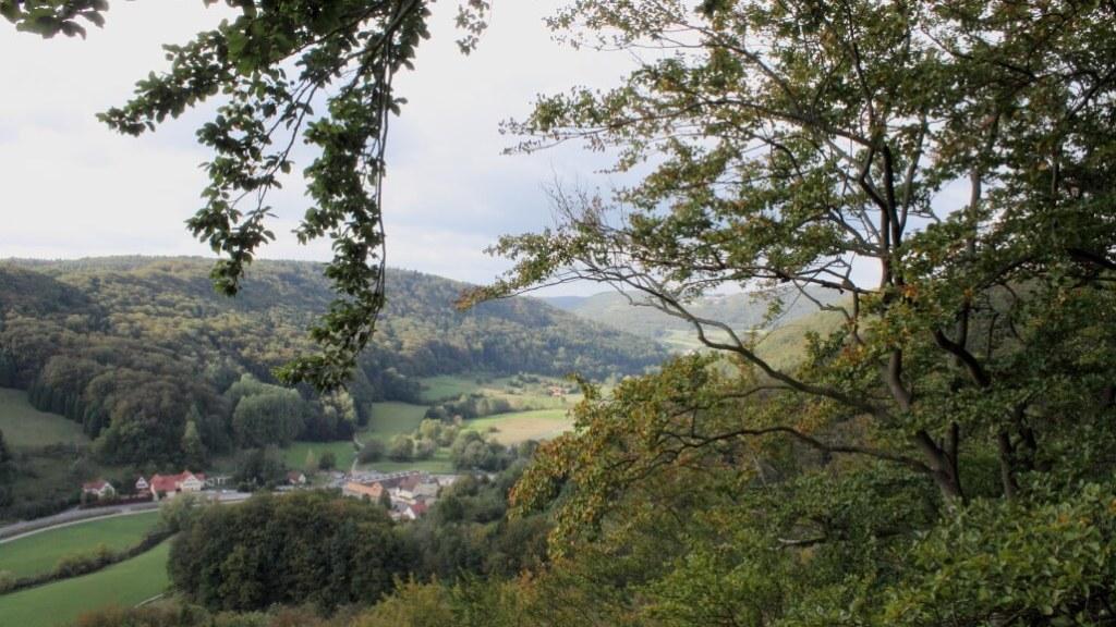 Herbstwanderung Trubachtal Blick ins Tal