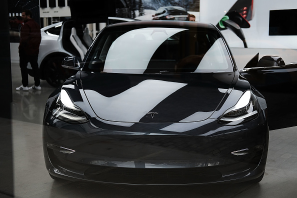 Tesla Model 3 Saves Owner and Six Cats During Texas' Deep Freeze and Blackouts-- Turning on Your Heater
