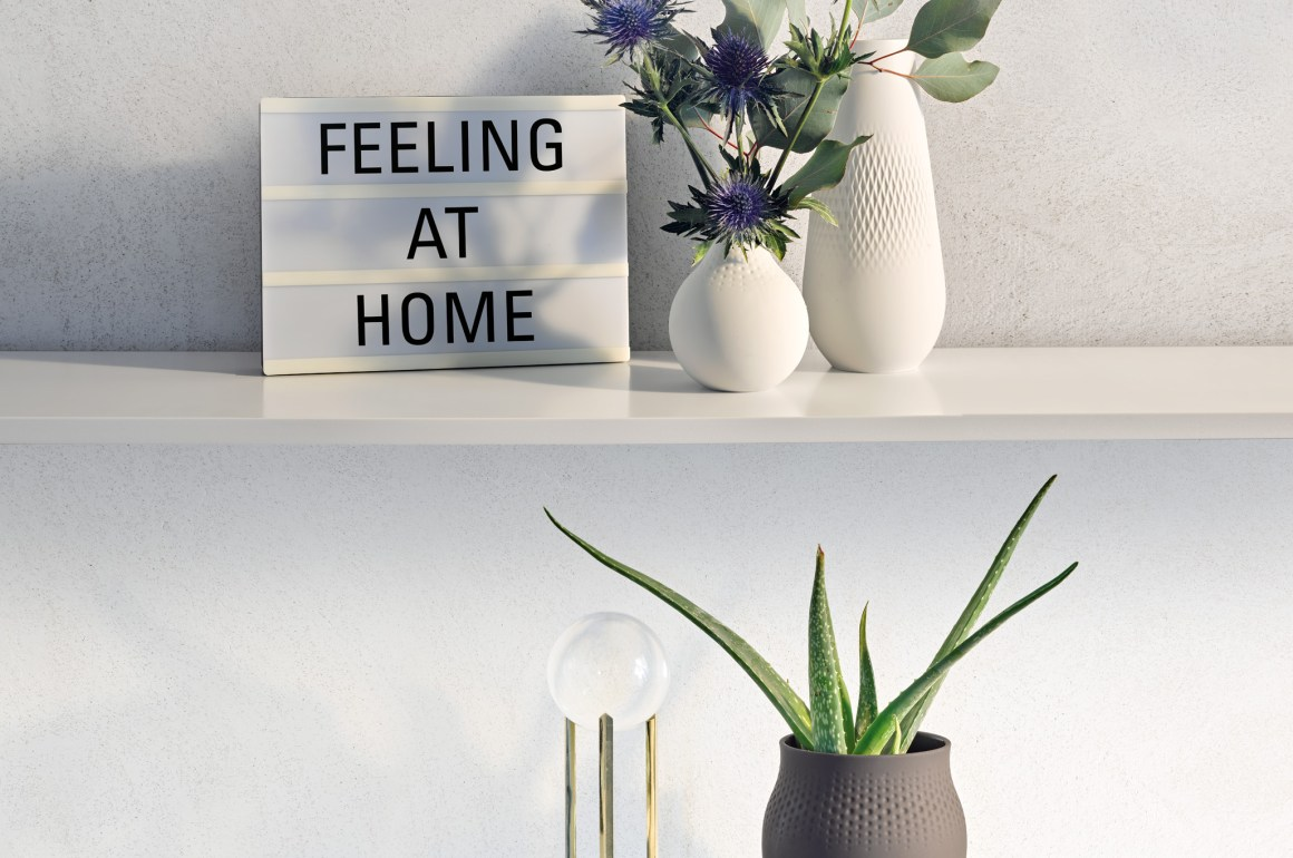 Collier_Feeling_home