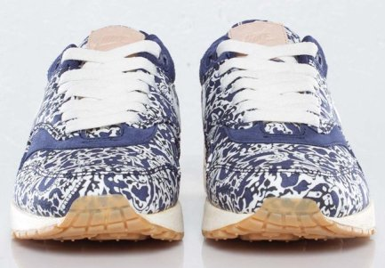 Nike Air Max 1 Imperial Purple x Liberty_03