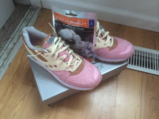 Saucony Shadow Master Space Snack x Extra Butter_58
