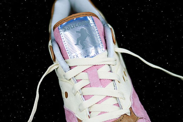 Saucony Shadow Master Space Snack x Extra Butter_64