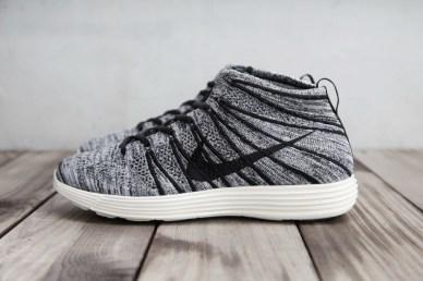 Nike Lunar Flyknit Chukka Black Sail_21