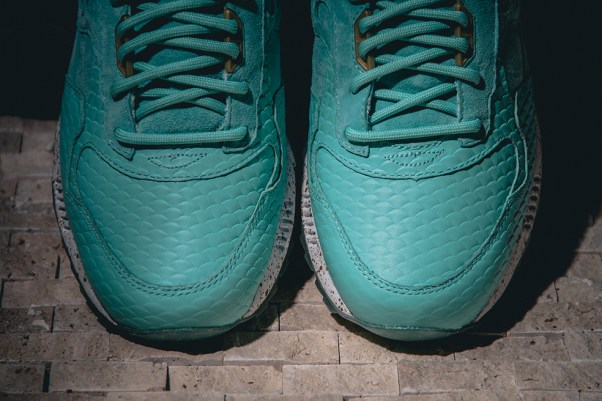 Saucony Shadow 5000 Righteous One x Epitome_11