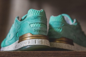 Saucony Shadow 5000 Righteous One x Epitome_30