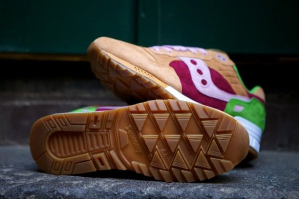 Saucony Shadow 5000 Burger x END_03