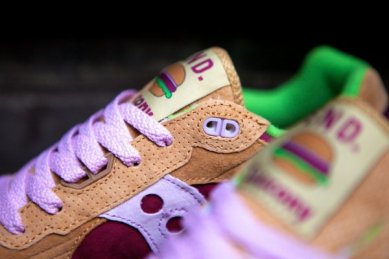Saucony Shadow 5000 Burger x END_09