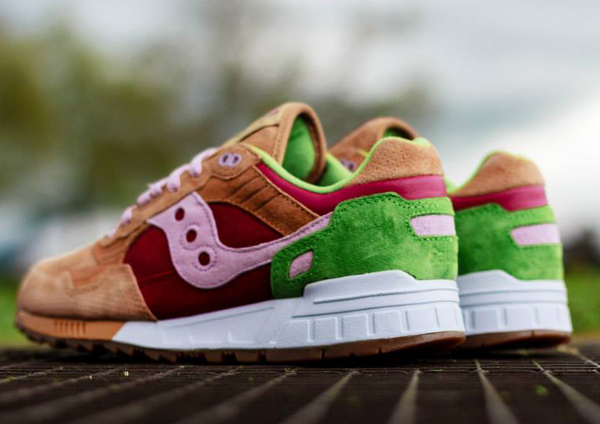 Saucony Shadow 5000 Burger x END_119