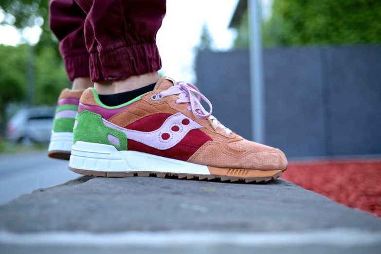 Saucony Shadow 5000 Burger x END_16